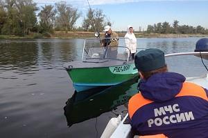 Передвижение на лодке во время нерестового запрета. Обсуждаем с Г.Безменовым