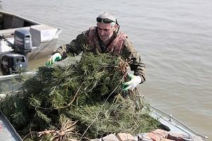 Видеоотчёт об установке нерестилищ на реке Обь